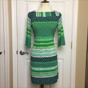 Donna Morgan Green 3/4 Sleeve Shift Dress Size 8